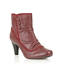 Lotus Abigail Casual Boots