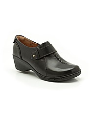 Clarks Un Hayley Shoes Standard Fit