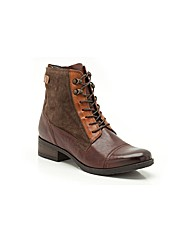 Clarks Womens Morgan Carla Standard Fit