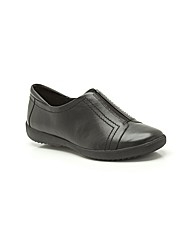 Clarks Belgrave Villa Shoes Wide Fit