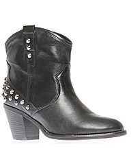 Carvela Kurt Geiger Showdown Boots