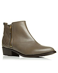 Moda in Pelle Kaori Short Boots