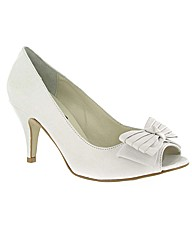 Marta Jonsson leather court shoe