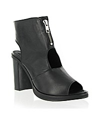 Marta Jonsson leather peep toe boot