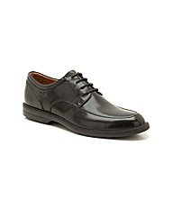 Clarks Bilton Walk Shoes