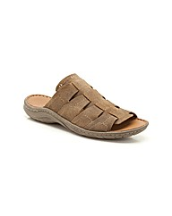 Clarks Woodlake Easy Sandals