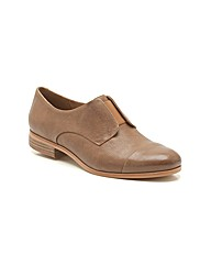 Clarks Hotel Diva Shoes Standard Fit
