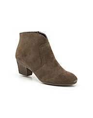 Clarks Melanie Jane Boots Wide Fit