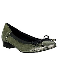 Riva Amisi Fish Leather Ballerina