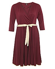 Samya V Neckline Waist Tie Dress