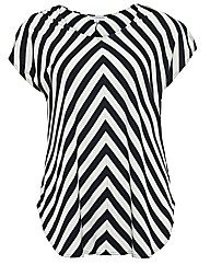 Threads Chevron Split Sleeve Tee