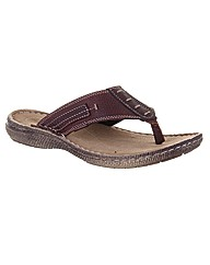 Chatham Strait Leather Thong Sandal