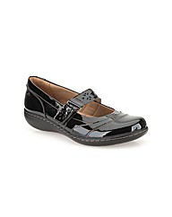 Clarks Womens Embrace Lux Wide Fit