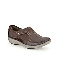 Clarks Womens Wave Route Standard Fit