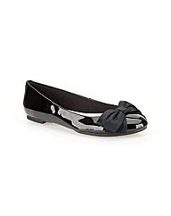 Clarks Womens Alicia Allie Standard Fit