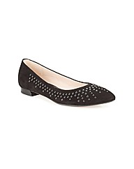 Clarks Women Amulet Crystal Standard Fit