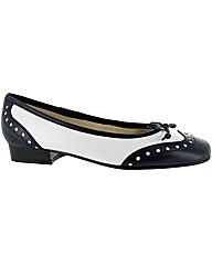 Riva Brogue Navy/White Ballerina