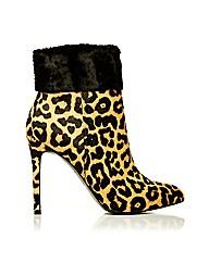 Moda in Pelle Lolas Short Boots