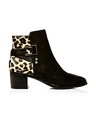 Moda in Pelle Azurra Short Boots