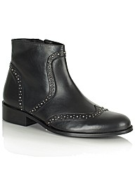 Daniel Bobbins Ankle Boot