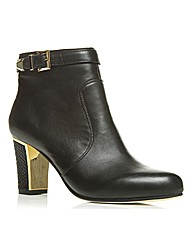 Moda in Pelle Lombard Short Boots