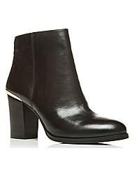Moda in Pelle Lindos Short Boots