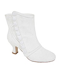 Perfect Vintage Button Trim Ankle Boot