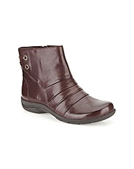Clarks Womens Mells Ruth Standard Fit