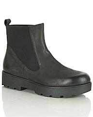 Daniel Reeses Boot