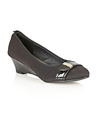 Manfield Low Wedge court shoes