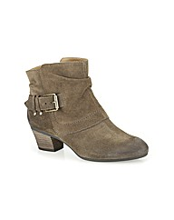 Clarks Womens Melanie Jude Wide Fit