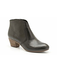 Clarks Womens Melanie Jane Standard Fit