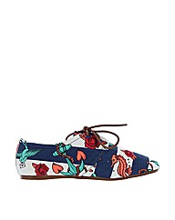 Iron Fist She Sells Oxford Flexi Flat