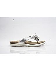 East - Silver Sandal