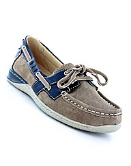 Earth Spirit Chicago Shoe