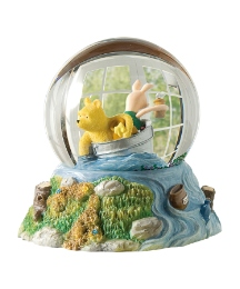 Winnie the Pooh Surrounded Waterball