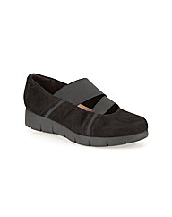 Clarks Womens Daelyn Villa Wide Fit