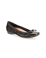 Clarks Womens Candra Glow Narrow Fit