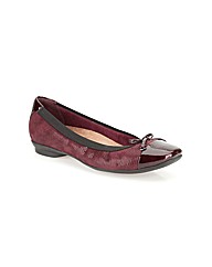Clarks Womens Candra Glow Extra Wide Fit