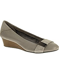 Hush Puppies Candid Pump OR Shoe
