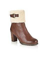 Naturalize Dinara Casual Boots