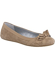 Hush Puppies VIGINIA Shoe