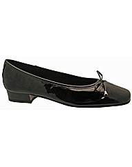 Riva Provence Patent Leather Ballet