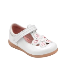 Start-rite April White Patent Fit F Shoe