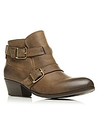 Moda in Pelle Chawley Short Boots