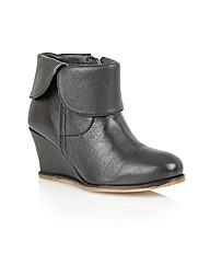 Lotus Tabatha Casual Boots