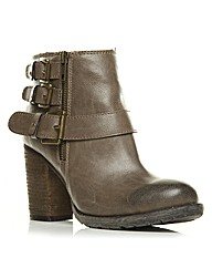Moda in Pelle Bermuda Ladies Boots