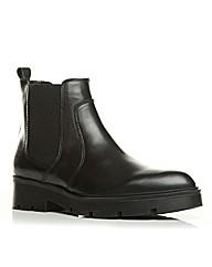 Moda in Pelle Chandra Short Boots