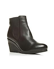Moda in Pelle Amelias Short Boots