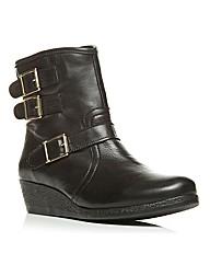 Moda in Pelle Abina Short Boots